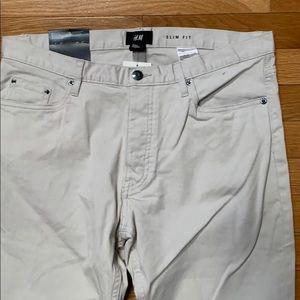 NWT H&M light Khaki slim fit pants W32 L30